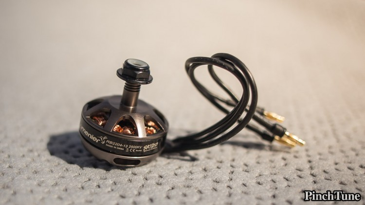 Close Up Lumenier RB2204-13 2500Kv Skitzo Special Edition Motor